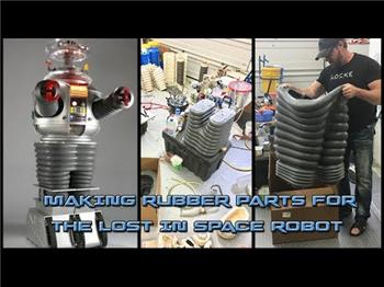 Fxrtst's Will Huff's Lost In Space B9 Robot Build
