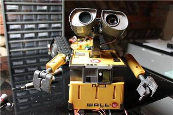 Fredebec's Another Wall-E. But French ;)